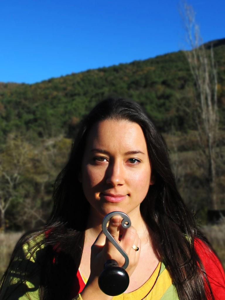 Carina Taurer vielle à roue hurdy gurdy chant