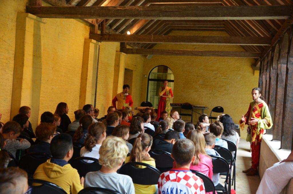 pédagogie musique médiévale école enfants ménestrels Vagarem
