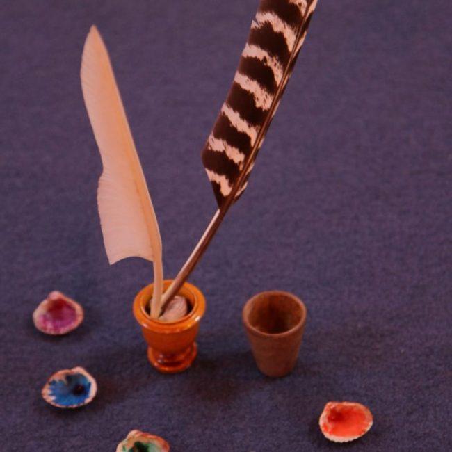 plume d'oie coquilles enluminure médiévale pigments