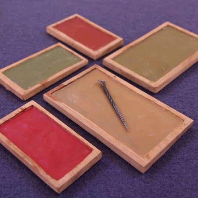 tablettes de cire médiévale calligraphie pédagogie